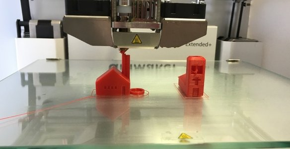 3D printing of toy house